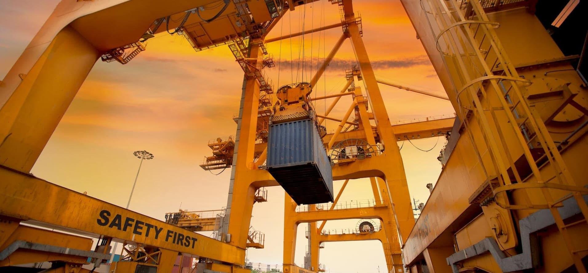 Sprowadzanie towaru z Chin do Polski – najpopularniejsze produkty