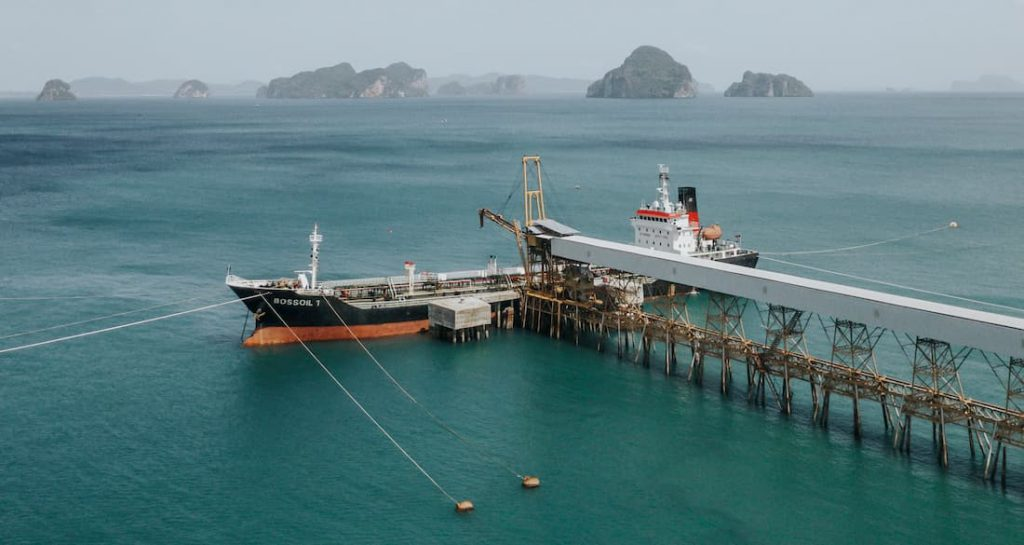 zalety transportu morskiego