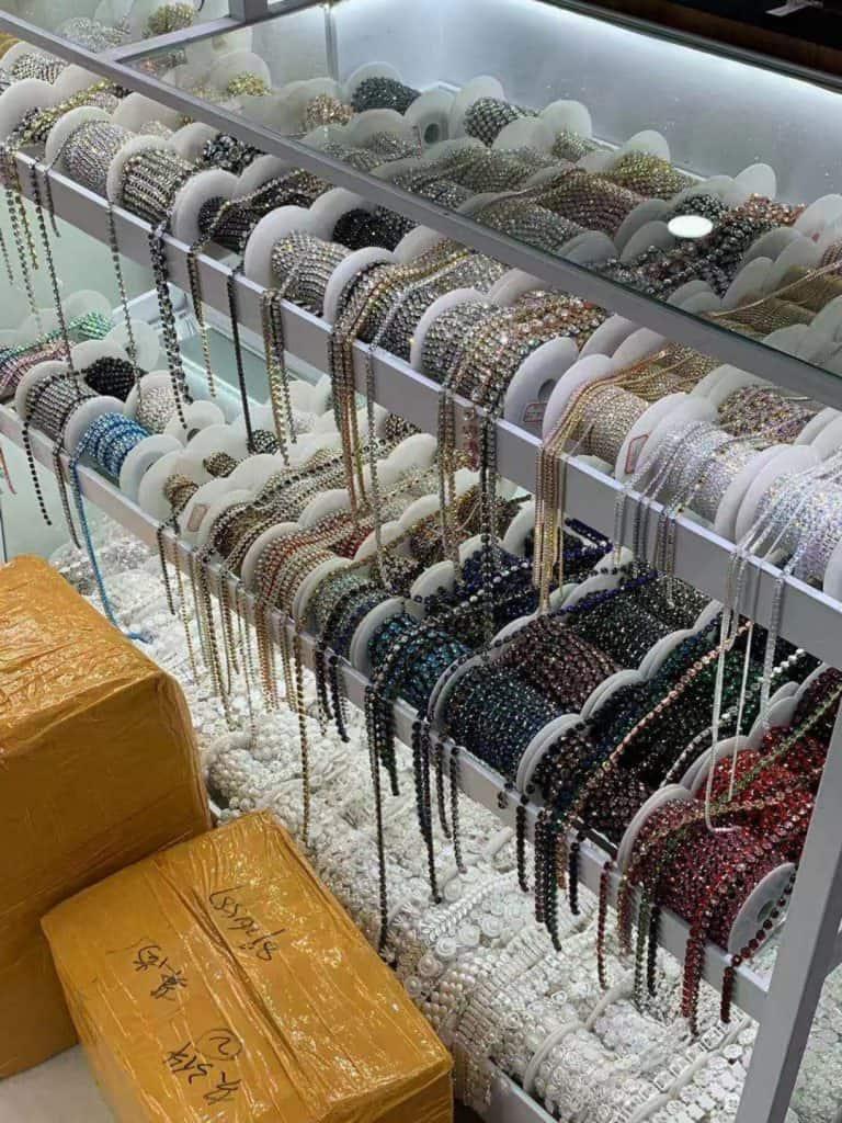 import biżuterii z chin